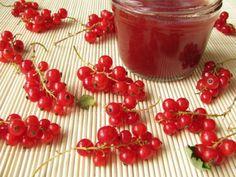Ribiselmarmelade Chutney, Panna Cotta, Sweet Tooth, Sweet Treats, Cherry, Food And Drink, Pudding, Fruit, Ethnic Recipes