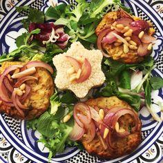 Zeleninovo tuniakové fašírky so pšenom a opečenou cibuľkou – Mirka Luberdová Meat, Chicken, Cooking, Food, Kitchen, Kochen, Meals, Yemek, Brewing
