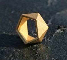 GEO - Yellow gold faceted modern geometric 3D printed ring