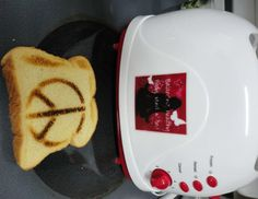 Yes, I'm posting about toast today. Because, well now you can not only customize your toast you can pimp your toaster too! Toasters, Frozen, Peace, Sign, Healthy, Breakfast, Food, Style, Morning Coffee