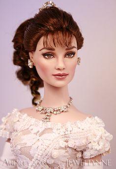 Jewelianne.com - Exquisite Fashion Doll Repaints