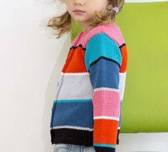 Un modèle de gilet multrico pour les enfants. Modèle tricoté en PHIL MADRAGUE coloris oeillet, écarlate, galet... en point mousse et point jersey rayé.