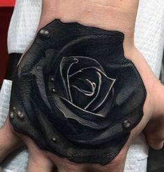 czarna róża tatuaż na dłoni #tattoo