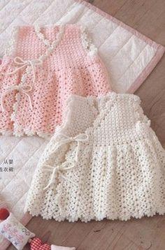 Два ажурных платья с запахом для девочки связаны крючком - Платье.Сарафан