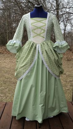 Revolutionary war women's clothing for sale