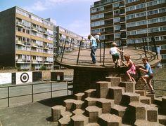 Britain's brutalist playgrounds - Churchill Gardens estate in Pimlico, London, 1978 - The Guardian