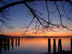 Lake Trasimeno at sunset. OK, so not strictly Tuscany, but it is very close!