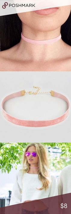 💕Blush Pink Velvet Choker💕 Cute blush pink thin choker with extender chain. Width: 1cm. Lobster clasp closure. 💕✨Handmade. Comes in a gift bag. Super trendy! 💕Price is firm!!! Bundle to save $$$💕✨ Jewelry Necklaces