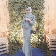 Kebaya Muslim, Kebaya Modern Hijab, Dress Brokat Modern, Model Kebaya Modern, Kebaya Hijab, Kebaya Dress, Hijab Stile, Hijab Dress Party, Frack