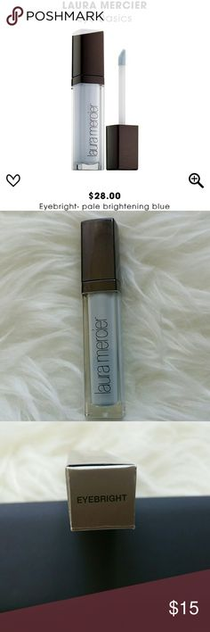 Laura Mercier Eye Basics Available on gorgeous Eyebright. Water resistant eyelid primer for a smoother eye surface to apply eye shadow for longer wear. Laura Mercier Makeup Eye Primer