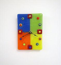 Meet Me at the Circus Fused Glass Clock von JanuaryMayDesigns, $40.00
