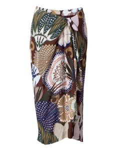 Skirt Siena. A striking Oilily print inspired by spirography embellishes this long skirt with a beautiful fit. With a slit on the back and a hidden zipper closure.