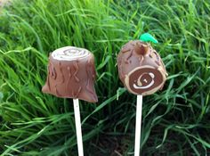 These lumberjack cake pops are so simple to make. In only eight easy steps, you've got the perfect accompaniment to your lumberjack-themed party.