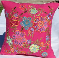 Bright bedding pillow for a teen (or pre-teen) girl's bedroom.  Now this could be a very cool project for kids' rooms!