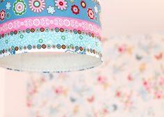 Homestory: Fröhliche Farben und außergewöhnliche Accessoires - Homestory#homestory #homestoryde #home #interior #design #inspiring #creative #craft #DIY #martina