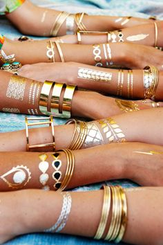 Temporary Metallic Tattoos - V & V Jewels in boho bhemian gypsy style. Gold bracelet. For more follow www.pinterest.com/ninayay and stay positively #pinspired #pinspire @ninayay