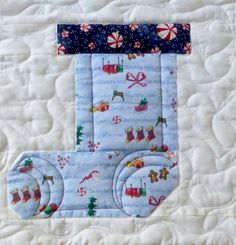 Blue-Stocking-quilt-block.jpg 481×500 pixels
