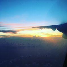 From @atr.fr instagram.com/atr.fr #Sunset #Pilot #PilotLife #Atr #Turboprop #airlines #aircraft #plane #avion #aviation #Caribbean #airantilles #french #crew #fly #high #avgeek #avporn #nature #french #crewiser #instacrewiser #flightattendantlife #aircrew #stewardess #cabinattendant #flightattendants #stewardesslife #crewlifestyle
