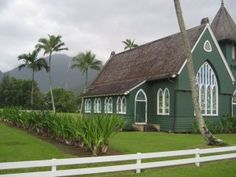 Wai'oli Hui'ia Mission Church in Hanalei. Photo by Jeanne Cooper for San Francisco Chronicle. Story in the article is about Portola Valley resident Wilcox Patterson's gradual realization after reading the book and seeing the movie that he and novelist Kaui Hart Hemmings are distant cousins — descendants of missionaries Abner Wilcox and Lucy Eliza Hart Wilcox through one of their eight sons, Charles. (The Wilcox name is well-known on Kauai).