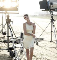 La colección de #trajesdecoctel de Carla Ruiz es exquisita #vestidos #moda #tendencias