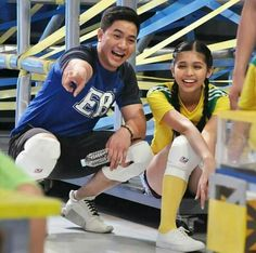 Maine Mendoza, Alden Richards, Tv Awards, Now And Forever, Actors, Running, Couple Photos, Couples, Filipino