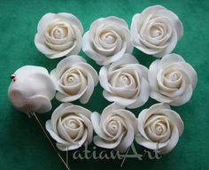 10 pcs White Roses ,0,59 inch, White Flower bead, Handmade Polymer clay Flower, Jewelry Supplyes, Roses with hole on side. Code:083 di FlowerClaySupplies su Etsy