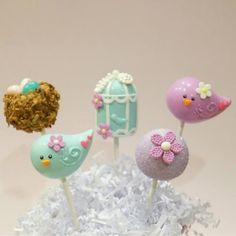 Cake pops  - Creative Edibles By Yuki -