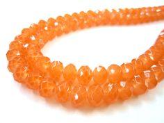 Cristal neón Traslucido color naranja 8mm $48 el collar con 143 Piezas Precio especial a mayoristas.