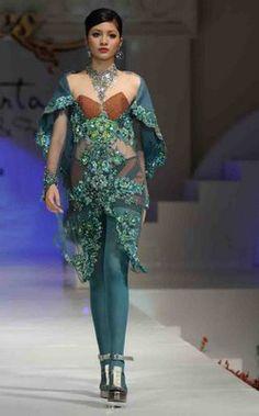 Modern Turquoise Kebaya by Indonesian Designer AYOK DWIPANCARA Kebaya edfd2e5f6b