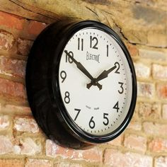 Newgate 1950s-Style Electric Wall Clock (V203) with Free Delivery | The Cotswold Company - GWL44K