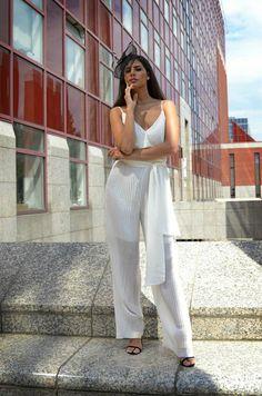 #orovicafashion #jumpsuit Timeless Fashion, Jumpsuit, Womens Fashion, Pants, Dresses, Design, Overalls, Trouser Pants, Vestidos