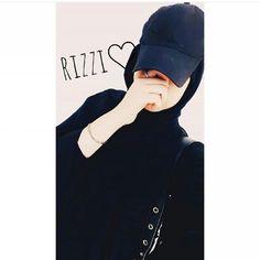 Cute Girl Pic, Cute Girl Poses, Girl Photo Poses, Girl Photography Poses, Beautiful Muslim Women, Beautiful Hijab, Hijabi Girl, Girl Hijab, Cool Girl Pictures