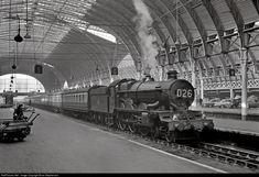Net Photo: 4073 Great Western Railway Castle class at London, United Kingdom by Brian Stephenson Diesel Locomotive, Steam Locomotive, Train Pictures, Great Western, London United, Steam Engine, Castles, Trains, United Kingdom