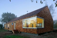 Fusing nature's simplest pleasures with modern technology, the prefab Cedar House by Hudson Architects was designed to blend with its Norfolk, UK surroundings, while at the same time standing out...