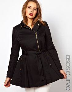 5 chic plus size outfits with a trench coat