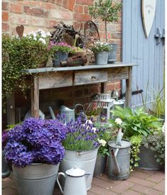 Pflanztisch jardin jardinage Terrasse Plantes Fleurs Planter Planter
