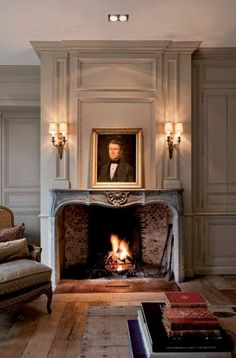 50 Awesome French Country Living Room Decor Ideas - Page 9 of 50 French Country Dining Room, French Country House, French Country Decorating, Country Living, Country Style, French Country Fireplace, Classic Fireplace, Southern Living, Fireplace Design
