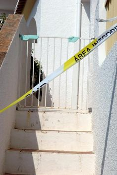 Dogs Don't Lie » Madeleine McCann 'died after fall down steps'