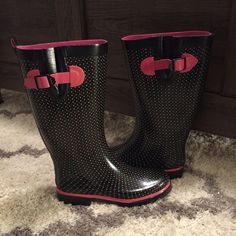 Rain Boots by Capelli New York Rubber rain boots size 8. No visible signs of wear. Perfect for a rainy day!!! Shoes Winter & Rain Boots