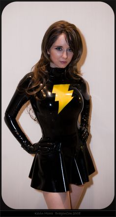 Character: Mary Marvel Version: Dark. Cosplayer: Riki LeCotey 'aka' LaFiel 'aka' Riddle. From. Atlanta, US. Event: Dragon Con 2008. Photo: Kevin M.