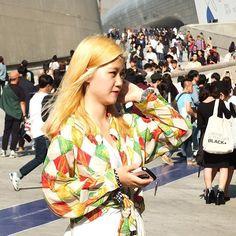 """❤️ 2016 SS Seoul Fashion Week  #miscellalove #miscellani #shopmiscellani #sfw #seoulfashionweek #korean #fashion #trend #style #model #ulzzang #streetfashion #ootd #dailylook #blonde #ddp #runway #love #韩国时装 #韩国流行 #韩国品牌 #潮服 #流行时尚 #代购 #东大门"""