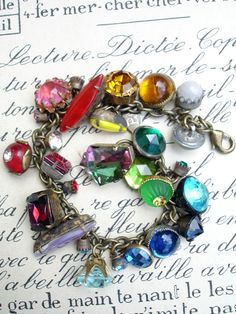 Color Wheel Vintage Colored Button Bracelet..LOOOOOVE!!!!