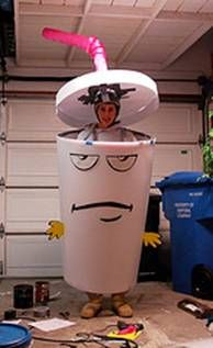There are many ways to recreate this Halloween costume, so get creative with materials, or following these simple directions.