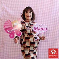La #fotocabina del #babyshower de esta hermosa #mamá lució espectacular, llama al 722-1673141 y agenda la tuya #Toluca #Metepec #México #Bebés #Maternidad www.vizualmexico.com.mx