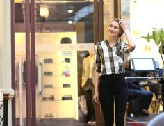 girly, streetstyle fashionblogger russian fashionblogger pixiecut pixie Topshop jeans plaid shirt