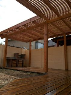 Photograph of Terraza peñalolen by Constructora Estibill Ltda # While ancient around strategy, the Corner Pergola, Pergola Patio, Pergola Plans, Pergola Cover, Restaurant Exterior, Backyard Patio Designs, Covered Pergola, Roof Design, Back Patio