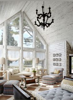 Dreamy transitional style all white living room decor with iron chandelier and daybed #interiordesign #design #homedecor #architecture #home #decor #interiors #homedesign #art #interiordesigner #furniture #decoration #luxury #designer #rh #restorationhardware #interiorstyling #interiordecor #homesweethome #inspiration #handmade #furnituredesign #livingroom #interiordecorating #style #realestate Interior Styling, Interior Decorating, Interior Design, Decorating Ideas, Decor Ideas, Space Furniture, Furniture Design, Living Room Decor Traditional, Iron Chandeliers