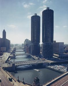 Marina City towers at dusk on 300 North State Street, c. 1965. Photograph from Hedrich-Blessing.
