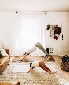[New] The 10 Best Home Decor (with Pictures) - Getting in those downward dogs before the day is done! You'd be surprised to find how much the littlies will enjoy doing a bit of yoga with you! Cute Family, Family Goals, Family Life, Children Photography, Family Photography, Yoga Photography, Mommy And Me, Family Pictures, Baby Fever
