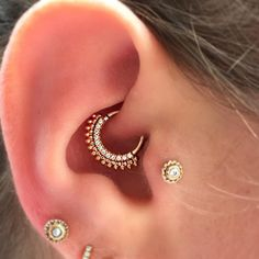 "305 Likes, 6 Comments - Nate Janke (@urbanlumberjack) on Instagram: ""A rose gold Auron from @bvla in a daith I did about a year ago!  @saintsabrinas #saintsabrinas…"""